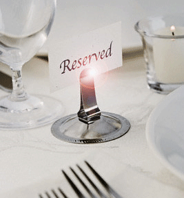 Ari's Restaurant & Bar Reservation
